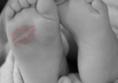 baby_feet_2